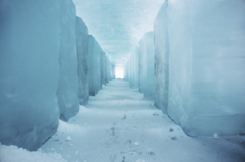 Icehotel12-550x363