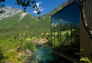 Juvet_landscape_hotel_jsa_1