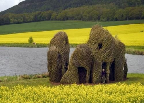 Natural-art-installations3-640x457