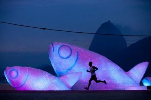 Giant-fish-sculptures3