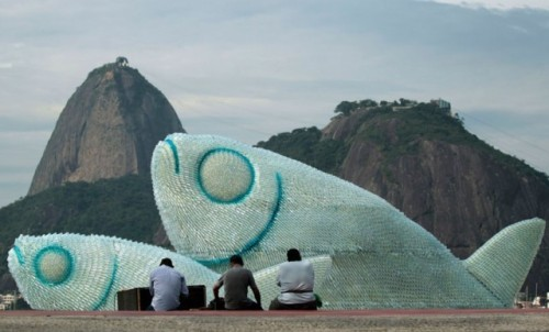 Giant-fish-sculptures5